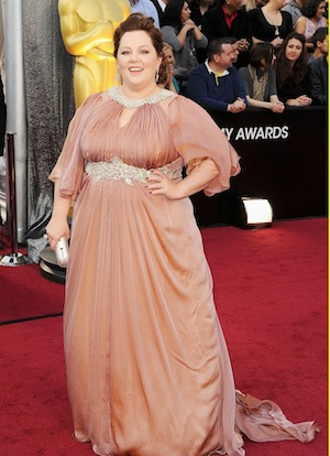 melissa-mccarthy-oscars-2012-red-carpet-05